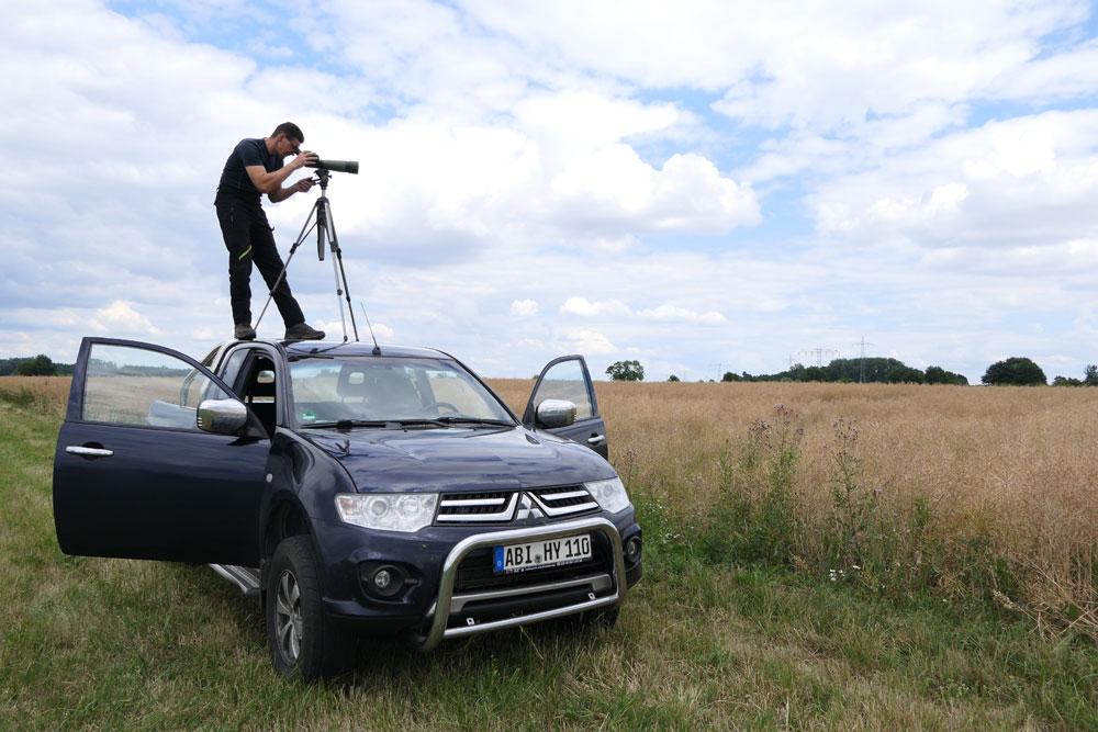 Holger Gabriel contrôle un nid